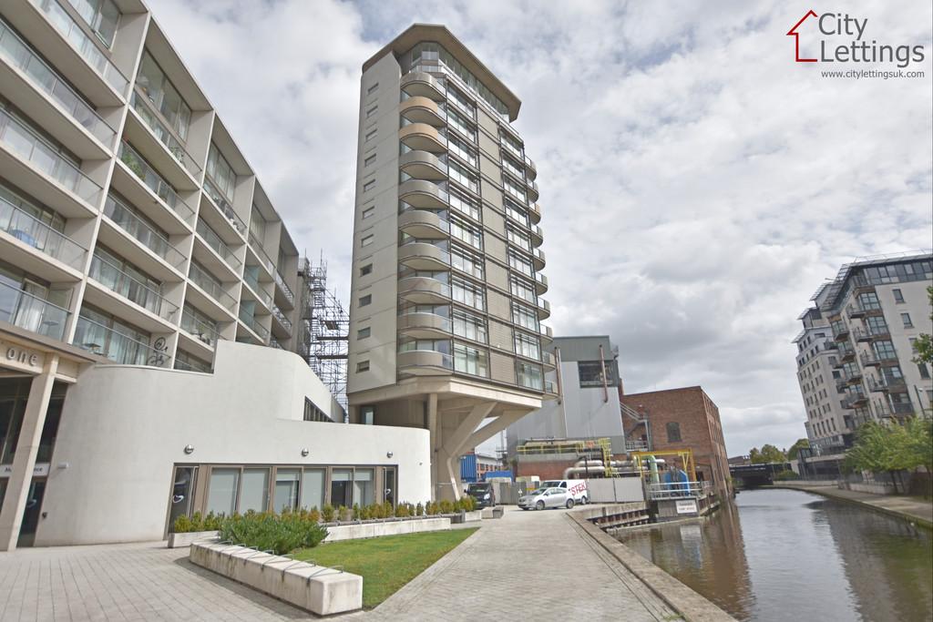 Very modern City Centre apartment