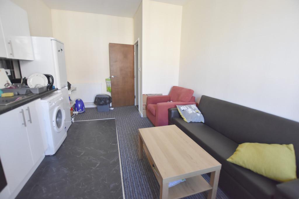 Modern 2 double bedroom flat