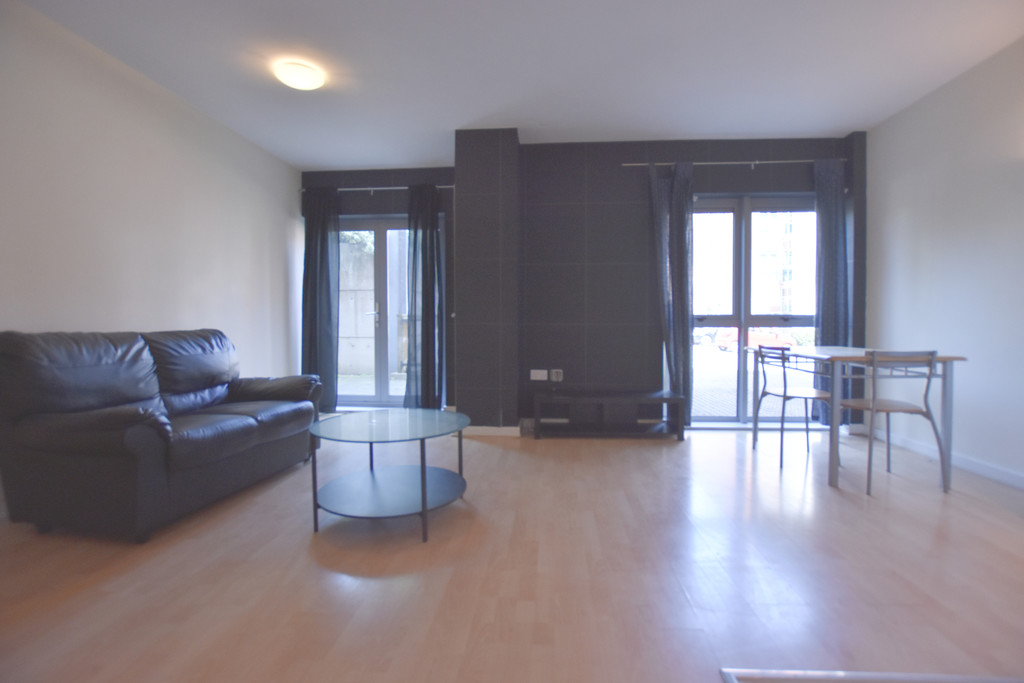Modern 2 double bed apartment