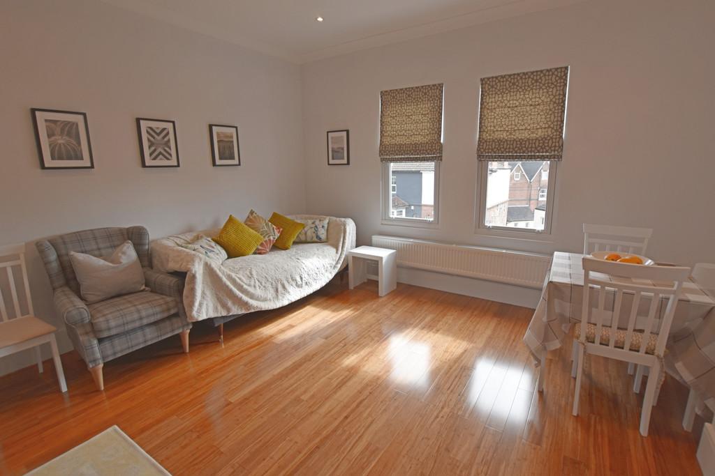Luxury 2 double bedroom flat