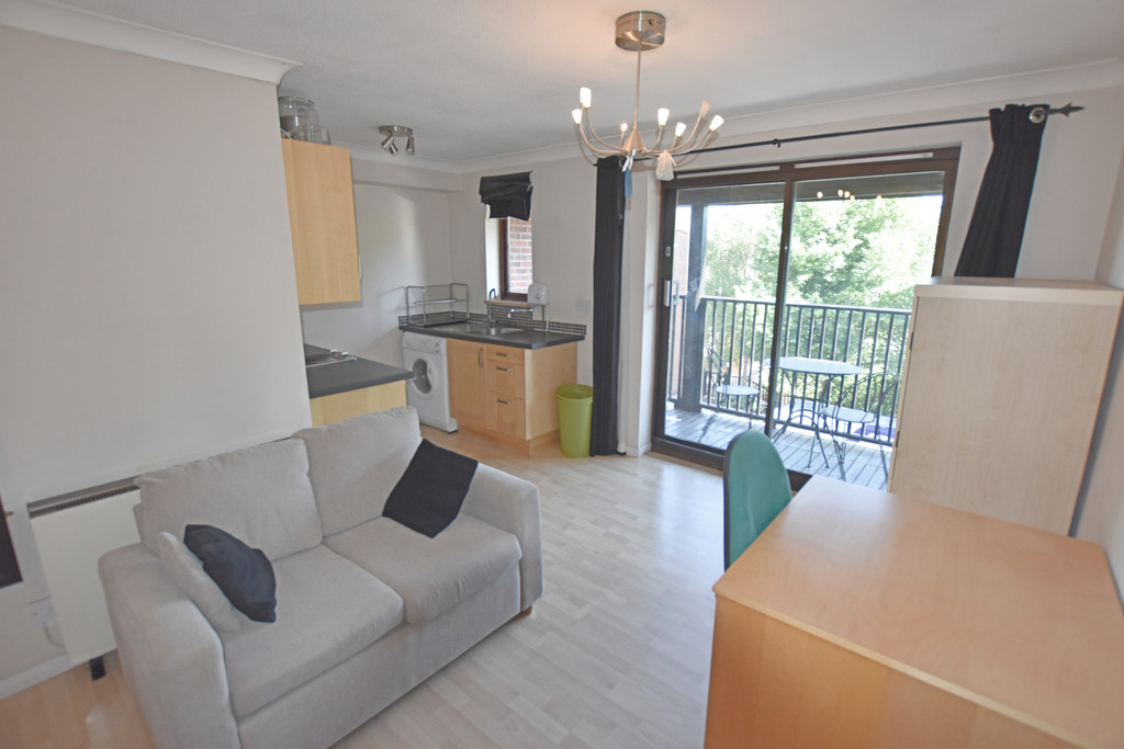 Modern self contained studio flat
