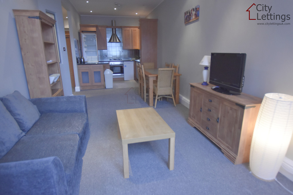 Extremely central 2 double bed apartment