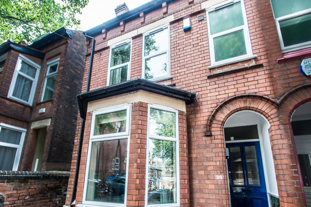 Good size 5 bedroom student house