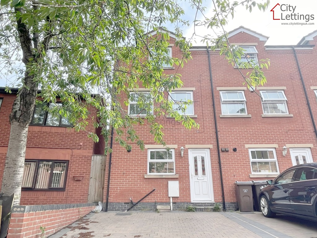 Large modern 4 bed house