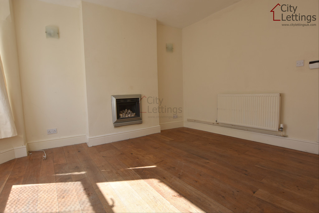 Modern 2 double bed terraced house